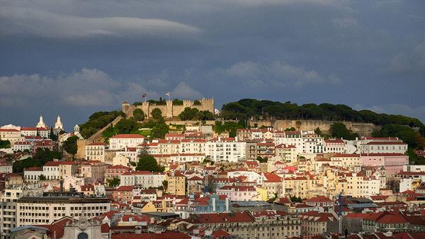 """Das """"Castelo de São Jorge"""" im Abendlicht"""