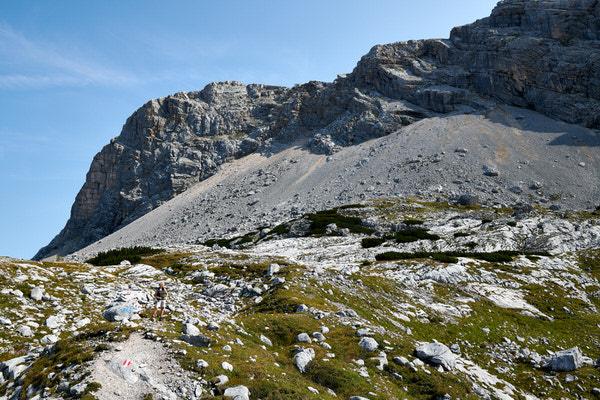 Auf Wandertour unterhalb des Dachstein-Gletschers