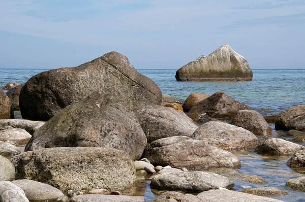 Steine am Strand der Stubbenkammer