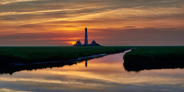 Sonnenuntergang am Westerhever Leuchtturm