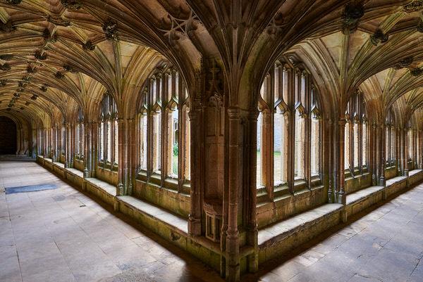 Kreuzgang der Lacock Abbey (Drehort für Harry Potter)