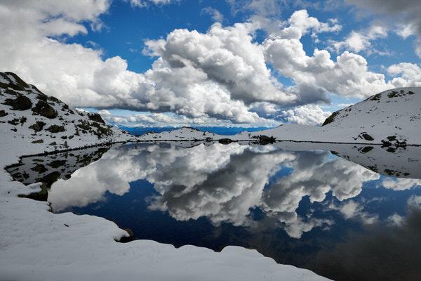 Der Laugensee nach Schneefall am Vortag