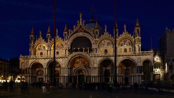 """""""Basilica di San Marco"""" zur blauen Stunde"""